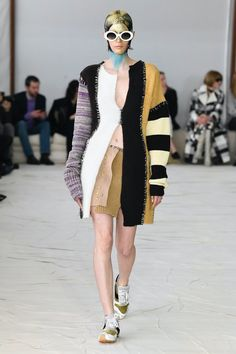 Marni | Ready-to-Wear Autumn 2020 | Look 27 Fall Winter, Autumn, Marni, Runway Fashion, Ready To Wear, Kimono Top, Vogue, Knitting, How To Wear
