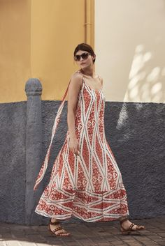 Brighten up your day by wearing this colourful Somerset maxi dress by Alice Temperley. The art deco inspired pattern is bold and beautiful and a loose fitted maxi dress is a summer necessity. Style with a pair of gladiator sandals to feel both comfortable and elegant.
