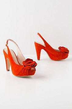 These would be super fun wedding shoes. Though, I am partial to red.