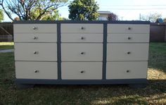 SHABBY CHIC/COTTAGE STYLE 9 DRAWERS,DRESSER ANTIQUE WHITE/GRAY