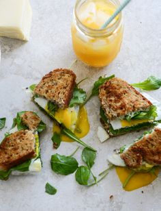 Gruyere, Fig Jam and Arugula (or spinach) Breakfast Sandwiches I howsweeteats.com