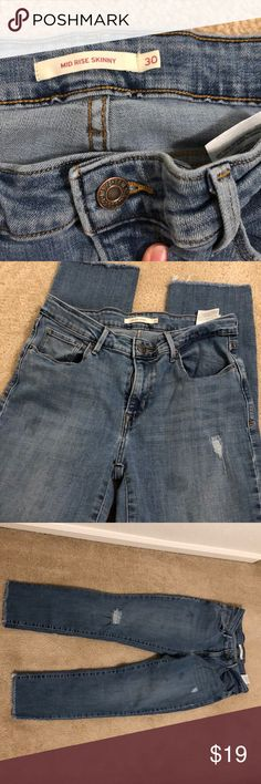 f459bedbfa0 Woman's Levi's👖👖👖👖👖 Loved jeans Mid rise skinny 30 Two oil stains  Super comfy Levi's Jeans Skinny