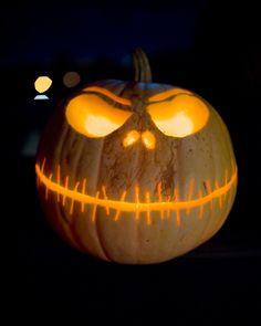 Halloween Pumpkins: Jack Skellington Nightmare Before Christmas Carved Pumpkin (2010) | #Halloween #HalloweenPumpkins