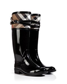 786b9a0b6b6 Burberry House Check Buckle Detail Rain Boots. Oh yes
