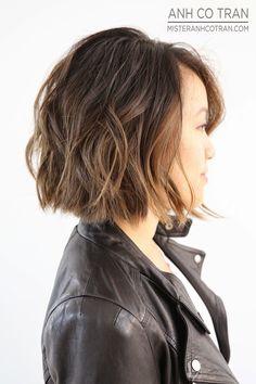 FRESH + CHIC. Cut/Style: Anh Co Tran • IG: @anhcotran • Appointment inquiries please call Ramirez|Tran Salon in Beverly Hills at 310.724.8167. #hair #besthair #beachhair #johnnyramirez #highlights #model #ramireztransalon #sunkissedhighlights #bestsalon #beauty #lahair #brunette #blonde #highlights #caramel #salon #blondehair #beachyhair #beautifulhair #ramireztran #ramireztransalon #sexyhair #livedinhair