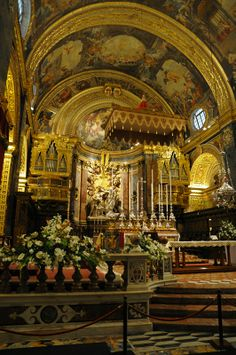 St. John's Cathedral, Valletta, Malta. Stunning!