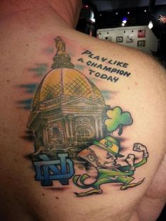 I would take one like this, i like it a lot. Traditional Tattoo Old School, Neo Traditional Tattoo, Leprechaun Tattoos, Football Tattoo, Notre Dame Irish, Tattoo Ideas, Tattoo Designs, Go Irish, Irish Tattoos