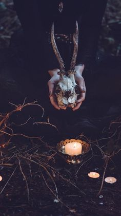 Happy Halloween Wallpapers HD Free for Android, iPhone - Halloween Images, Graphics & Printable Pictures - Autumn Aesthetic, Witch Aesthetic, Halloween Drawings, Halloween Pictures, Samhain Ritual, Skeleton Bracelet, White Magic Spells, Gothic Wallpaper, Angels And Demons