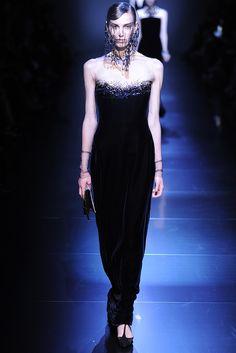 Armani Privé Fall Couture 2012 - Runway, Fashion Week, Reviews and Slideshows - WWD.com