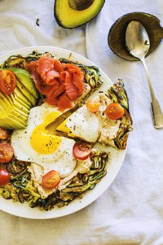 "Spiralized Zucchini Breakfast ""Pizza"" // The Pancake Princess"