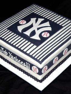 Top Baseball Cakes - all of these baseball cakes are fabulous!!!!!