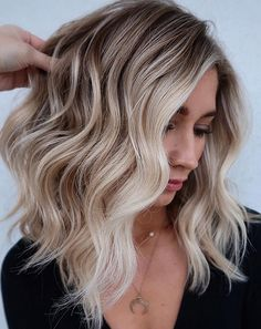 Ready to finally try trendy blonde highlights Here are 50 amazing options thatll help you see if the blonde life will work for you or not Blonde Hair Looks, Light Blonde Hair, Honey Blonde Hair, Icy Blonde, Light Brown Hair, Blonde Hair On Brunettes, Winter Blonde, Blonde Balayage Highlights, Brown Hair With Highlights And Lowlights