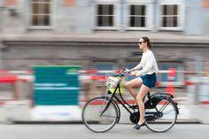 Girl bike runs - Girl bike runs