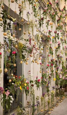 A floral extravaganza covering the exterior of architecture studio Piuarch's headquarters in Brera Design District, 'Flowerprint' forms an impromptu garden from the building's roof to ground floor. The Ultimate First-Timer's Guide to Milan Design Week Time Design, Event Design, Milan Design Week 2017, Flower Farmer, Pinterest Design, Italy Holidays, Time To Celebrate, Design Awards, Innovation Design