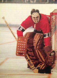 Ken Dryden | Montreal Canadiens | NHL | Hockey Montreal Canadiens, Hockey Goalie, Hockey Teams, Ice Hockey, Ken Dryden, Hockey Pictures, Goalie Mask, Vancouver Canucks, Sports Figures