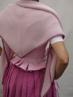 Knitted cloth looks – Best Knitting 2020 Dress Outfits, Cute Outfits, Knitting Socks, Knit Socks, Cool Socks, Knitting Projects, Dress Skirt, Fashion Backpack, Shawl