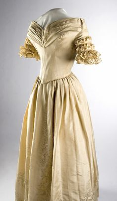 Two-piece embroidered silk wedding gown and second-day bodice, 1834  Worn by Abigail Prather Churchill Clark