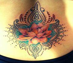 Flor de loto con diseños