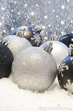 black and silver christmas decorations