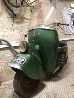 Scooter Bernardet B 49