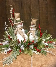 10 Festive Christmas Decorations Sure to Impress - Life Is Fun Silo Christmas Flower Arrangements, Christmas Table Centerpieces, Easy Christmas Decorations, Christmas Tablescapes, Christmas Baubles, Holiday Wreaths, Christmas Snowman, Christmas Holidays, Flowers For Christmas