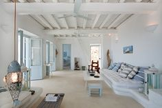 Unpretentious simplicity, Residence in Mykonos