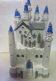 hey i found this really awesome etsy listing at httpswwwetsycomlisting208547883frozen birthday party frozen cake