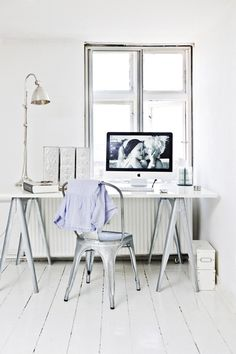 French café chair, iMac, trestle table and industrial lamp. Super cool look for a studio space in dream house some day! :)