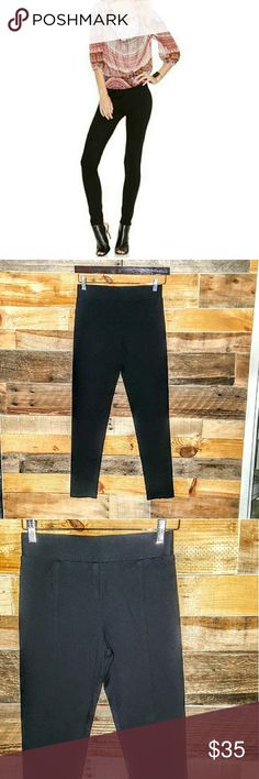 I•N•C  PONTE PULL- ON SKINNY PANTS LIKE NEW I•N•C  SEAMED PULL ON PANTS SKINNY LEG SIZE 4 COLOR DEEP BLACK PULL ON STYLING/NO POCKETS NO BRLT LOOPS/MID RISE (WAISTBAND SITS BELOW NATURAL WAIST) SKINNY FIT THROUGH HIPS & THIGHS SEAMED DETAIL @ CENTER LEG TO ADD EXTRA TOUCH UNLINED/MACHINE WASHABLE PAIR WITH ALL GO TO TANKS,SHELLS,& TOPS *NO TRADES NO MODELING NO RETURNS* INC International Concepts Pants Skinny
