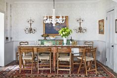 People Can't Decide Whether Rugs Belong In the Dining Room or Not  - CountryLiving.com