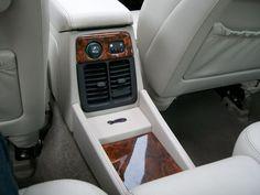 1995 Daimler Six Saloon - The Purr-fect Gift Shop