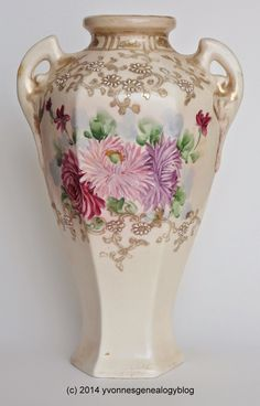 Treasure Chest Thursday: The Vase #genealogy #familyhistory