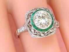 ESTATE ART DECO 1.24ct BRILLIANT DIAMOND EMERALD ENGAGEMENT COCKTAIL RING