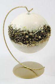 Powolutku zaczyna się sezon bombkowy, więc i ja zrobiłam parę bombek poglądowych - wszystkie z zastosowaniem utwardzacza Powertex:          ... Christmas Baubles, Christmas Crafts, Christmas Decorations, Xmas, Christmas Projects, Holiday Crafts, Crafts To Make, Arts And Crafts, Paper Clay