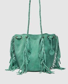 Bolso saco de piel de niña Brotes en verde con flecos