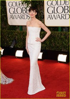 Anne Hathaway, stunning in Chanel at the 2013 Golden Globe Awards.