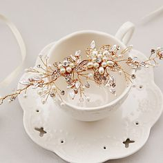 Bride's Flower Crystal Rhinestone Forehead Wedding Headdress Headbands 1 PC 4919817 2017 – $29.99