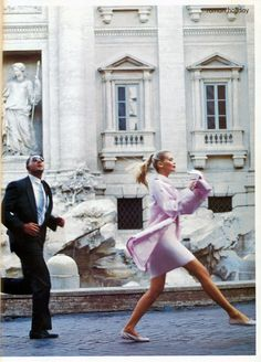 """Roman Holiday"" Claudia Schiffer photographed by Arthur Elgort for Vogue December 1994"
