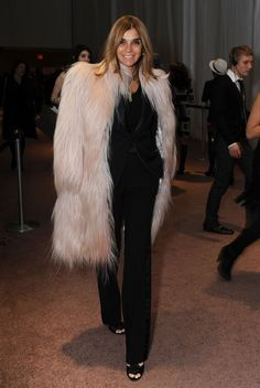 Carine Roitfeld Photo - Around Bryant Park - Day 7 - Fall 09 MBFW