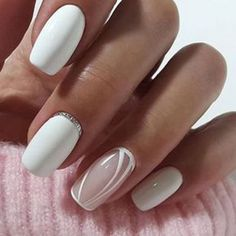 False nails have the advantage of offering a manicure worthy of the most advanced backstage and to hold longer than a simple nail polish. The problem is how to remove them without damaging your nails. Marriage is one of the… Continue Reading → Fabulous Nails, Perfect Nails, Gorgeous Nails, Pretty Nails, Shellac Nails, Nude Nails, Manicure And Pedicure, Neutral Gel Nails, Acrylic Nails
