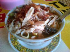 Nih yg bikin kangen Tegal tuh makanannya. Contohnya ya Sauto Tegal ini! (from @AdamVerdian)