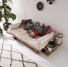 24 Unique Sofa For Your Room Inspirations - Page 22 of 24 - SooPush Boho decor inspiration, minimal decor inspo, outside decor Home Room Design, Home Interior Design, Living Room Designs, Room Interior, Interior Ideas, Sofa Design, Decor Room, Living Room Decor, Living Rooms