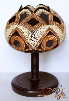 Gourd Lamp, Ganesha, Gourds, Wood Art, Art For Kids, Diy And Crafts, Carving, Lights, Table Lamp