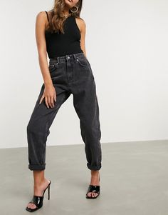 Shop the latest ASOS DESIGN Petite high rise 'Slouchy' mom jeans in washed black trends with ASOS! Faded Jeans Outfit, Black Jeans Outfit Summer, Faded Black Jeans, Jeans Outfit Winter, Winter Fashion Outfits, Black Denim, Fashion Ideas, High Rise Mom Jeans, Clothes