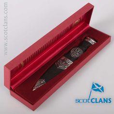 Young Clan Crest Sgi