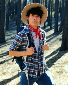 Eugene Lee Yang cutest cowboy I've ever seen. Look Cool, Cool Style, My Style, Eugene Try Guys, Buzzfeed Try Guys, Eugene Lee Yang, Men's Spring Summer Fashion, Pretty Boys, How To Look Better