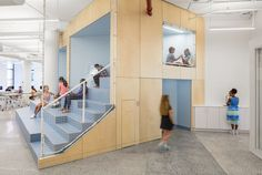A+I designs New York City school with colourful panels and tiered seating New York studio Architecture + Information has completed a school in Manhattan, using colour to differentiate between public and private spaces, and… drwong. Studios Architecture, Interior Architecture, Tiered Seating, Kids Cafe, Colani, New York Studio, Japanese Interior, Learning Spaces, Kid Spaces