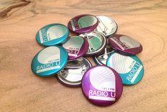 Badges 38 mm sur film transparent Radio U