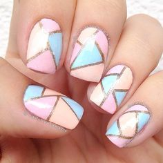 Geometric nails are so gorgeous especially with these pastel colours!