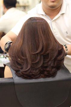 New Hair Cuts Layers Ideas Balayage 30 Ideas Medium Hair Cuts, Long Hair Cuts, Medium Hair Styles, Curly Hair Styles, Haircuts Straight Hair, Layered Haircuts, Long Layered Hair, Layered Cuts, Hair Highlights
